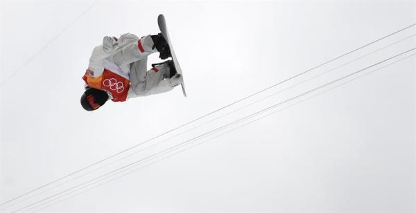 Shaun White of the USA in action during the Men's Snowboard Halfpipe competition at the Bokwang Phoenix Park during the PyeongChang 2018 Olympic Games, South Korea, Feb. 14, 2018. EPA-EFE/FAZRY ISMAIL