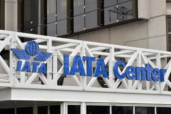 The logo of the International Air Transport Association (IATA) at the IATA center in Geneva, Switzerland, Dec 13, 2012. EFE- EPA (FILE) /MARTIAL TREZZINI