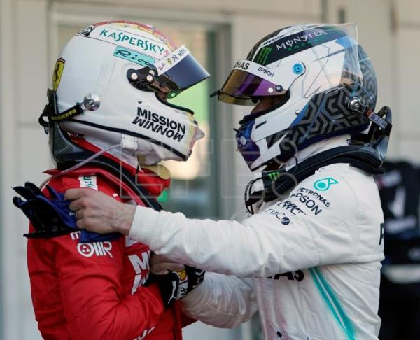 Bottas wins Japanese GP, Mercedes clinches constructors' title