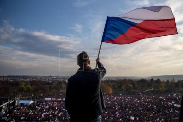 Czechs protest against PM Babis on eve of Velvet Revolution anniversary