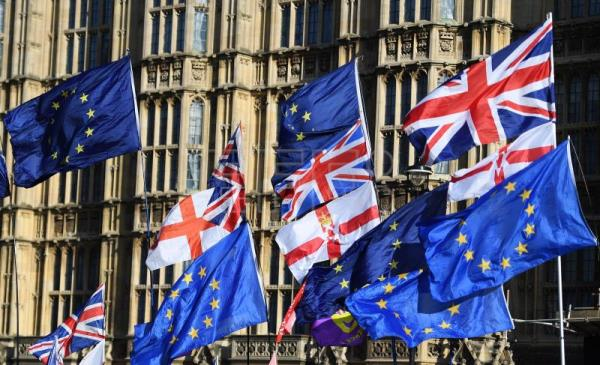 Protests outside as British MPs debate on Brexit