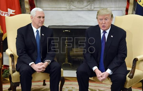 US President Donald J. Trump and Vice President Mike Pence meet with Congressional leadership in the Oval Office of the White House in Washington, DC, USA, Dec. 7, 2017. EPA-EFE/OLIVIER DOULIERY / POOL