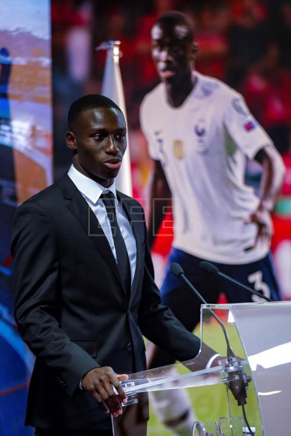 "Mendy: ""Es un honor estar en el club más grande del mundo"""