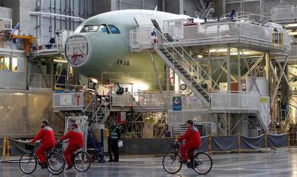 FRANCE ECONOMY AIRBUS TAP