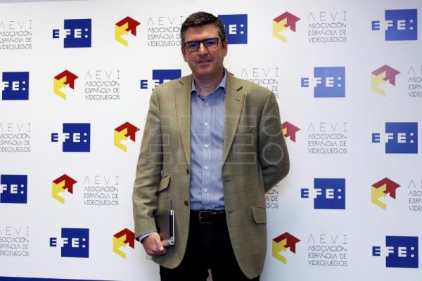 Luis Fernando Ruiz Bedoya, Insighths & Inteligence Director de Omnicom media Group, a su llegada al EFEforum e-Sports. EFE