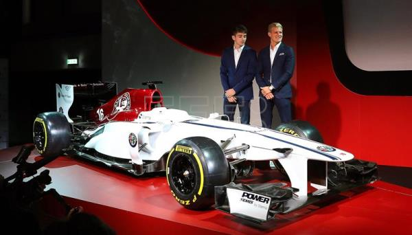 leclerc ericsson to race for alfa romeo sauber in 2018 f1 season sports english edition. Black Bedroom Furniture Sets. Home Design Ideas