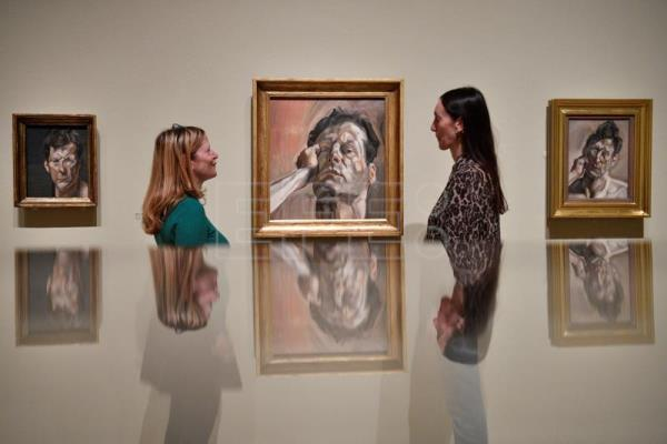 Lucian Freud's self-portraits show his evolution as painter, person