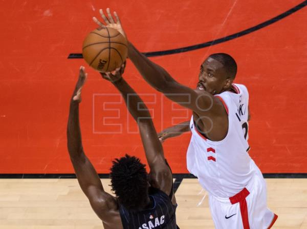 Toronto Raptors level series with emphatic 111-82 win over Orlando Magic