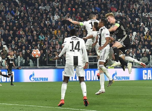 Ajax upset Juventus to reach last 4 in Champions League