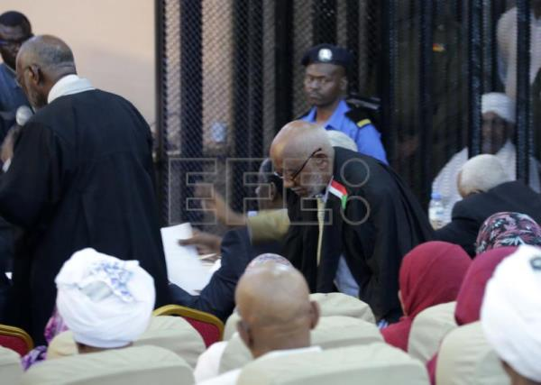 Sudan's al-Bashir re-appears in court over corruption charges