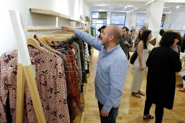 "Cinco diseñadores de moda ""made in Spain"" se abren paso en Nueva York"