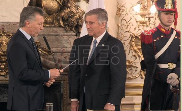 Argentina's new defense and education ministers sworn in
