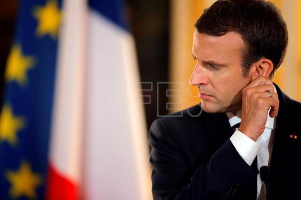 French President Emmanuel Macron reacts during a joint press conference. EFE/Archivo