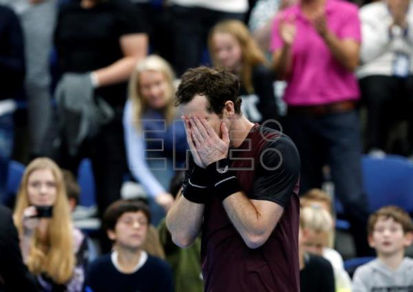 Emotional Andy Murray wins 1st singles title in 2 years