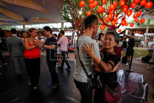 Slower-paced tango is conquering thousands in Taiwan