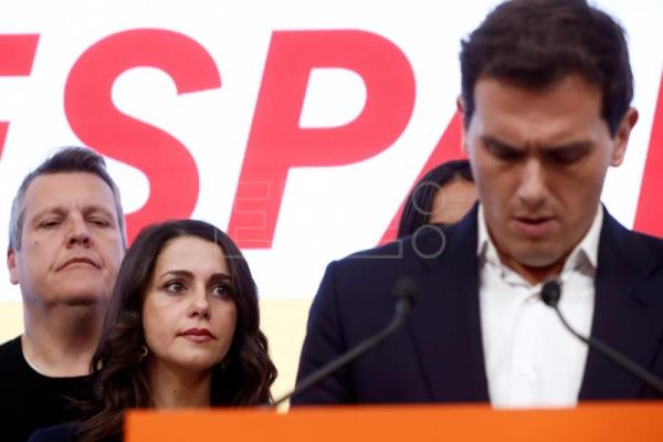Ciudadanos sinks with 10 seats