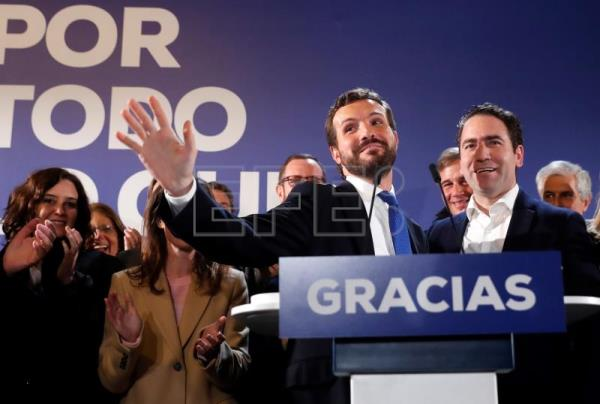 Spanish PSOE party ahead of polls with 120 seats
