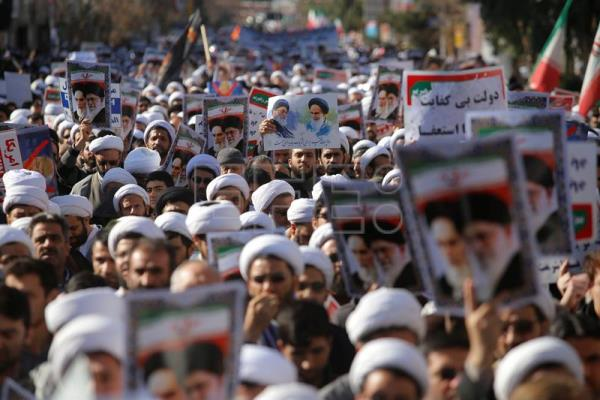 Iranian clerics take part during a state-organized rally against anti-government protests in the country, in the holly city of Qom, south west Iran, Jan. 3, 2018. EPA-EFE/ALI MARIZAD