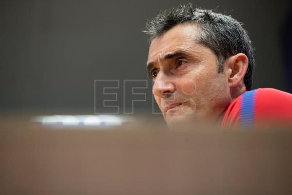Barcelona's head coach Ernesto Valverde offers a press conference before a training session of the team in Barcelona, Catalonia, north eastern Spain, on Jan. 03, 2018. EPA-EFE/Marta Perez