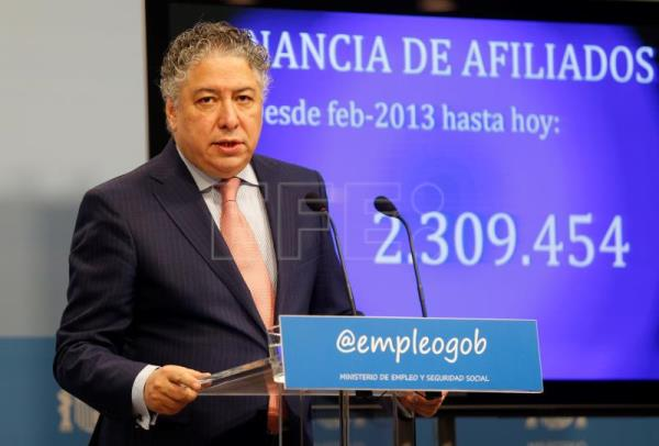 Spanish Secretary of State for Social Security Tomas Burgos at a news conference in Madrid, Spain, Jan 3 2018 to announce Spain's latest social security system's figures. EPA-EFE/ Paco Campos