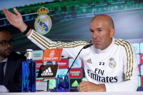 Zinedine Zidane says Eden Hazard is ready for Real Madrid debut