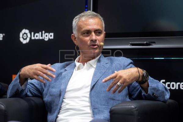 "Mourinho: ""Messi made me a better coach"""