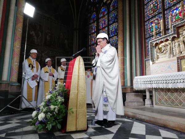A fragile Notre Dame Cathedral holds first Mass since devastating fire