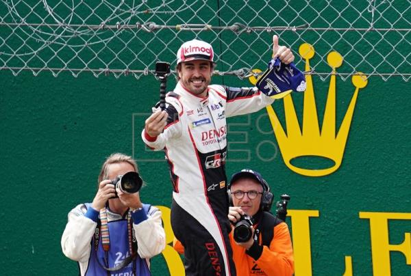 Alonso wins WEC title as he repeats Le Mans triumph