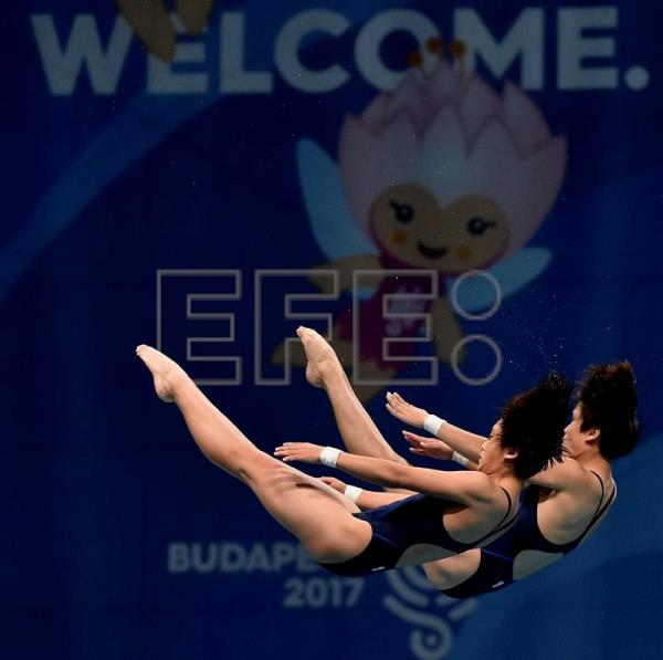 Mi Rae Kim and Kuk Hyang Kim of North Korea compete in women's diving 10m synchro platform final of FINA Swimming World Championships 2017 in Duna Arena in Budapest, Hungary, 16 July 2017. EFE