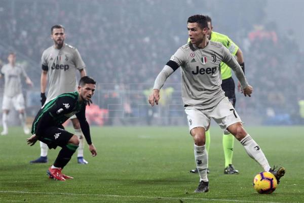 Juventus downs Sassuolo 3-0 with Cristiano setting the tone