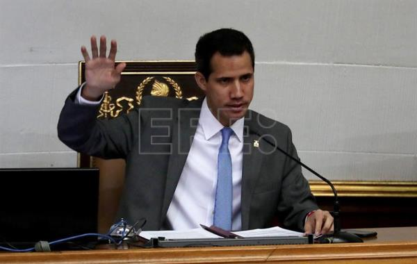 Venezuelan parliament names board to run country's oil industry