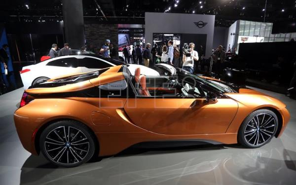 BMW Debuts Hybrid Convertible I Roadster At LA Auto Show Business - La auto show car debuts