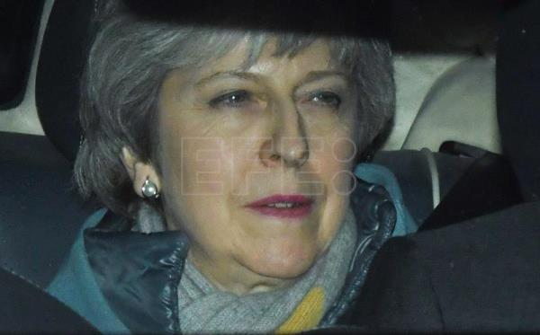 UK Prime Minister Theresa May leaves Parliament on Thursday, March 14. EFE-EPA/Facundo Arrizabalaga