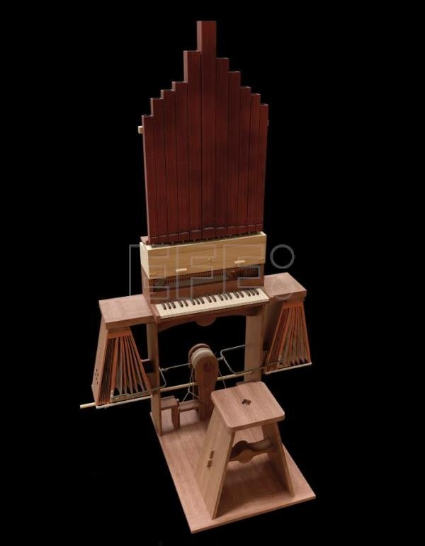 "Da Vinci's ""Continuous Organ"" recreated, played"