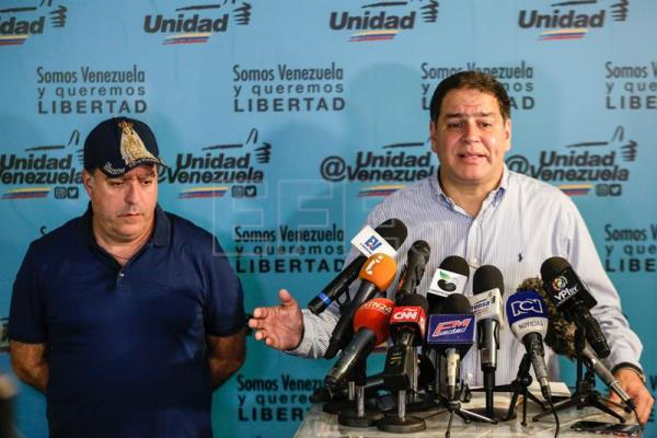 Venezuelan opposition says no dialogue without gov't guarantees