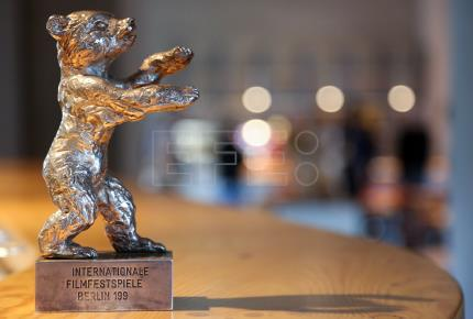 German Film Festival bear awards based on 1939 design previewed in Berlin