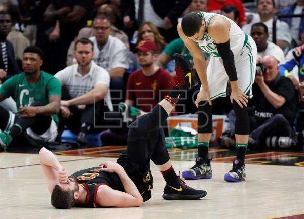 Cavs Kevin Love Still In Doubt Ahead Of Nba Finals Game 1