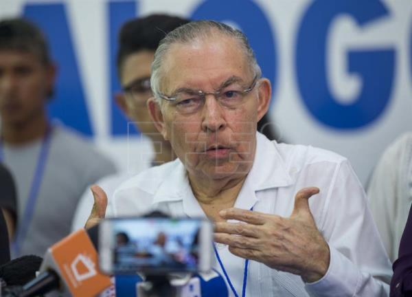Former Nicaraguan envoy to Washington Carlos Tünnermann speaks at a press conference in Managua on June 18, 2018, to discuss the suspension of the dialogue with the government. EFE-EPA/Jorge Torres