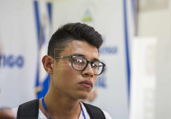 Student representative Lesther Aleman speaks at a press conference in Managua on June 18, 2018, to discuss the suspension of the opposition dialogue with the government. EFE-EPA/Jorge Torres