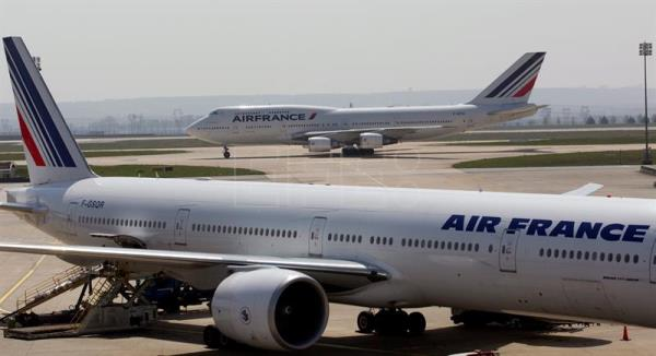 Los sindicatos de Air France desconvocan la huelga del 24 al 27 de junio