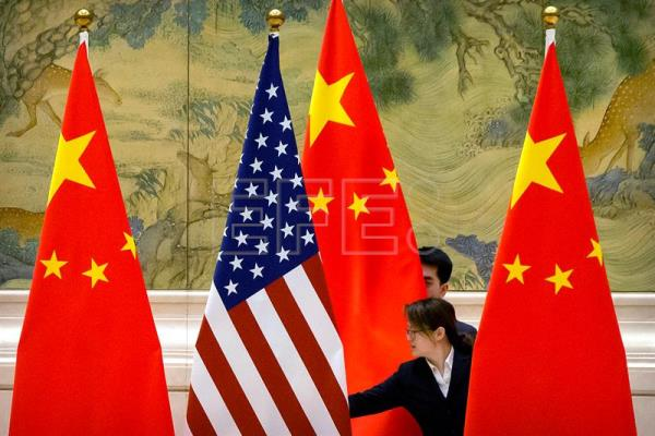 China's trade surplus with US shrinks during ongoing truce