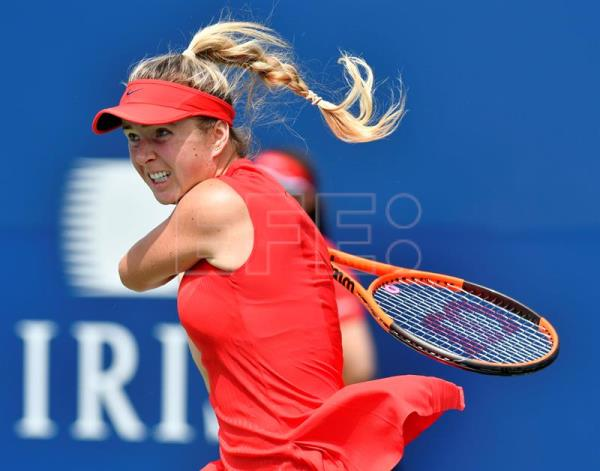 Elina Svitolina of Ukraine in action against Garbine Muguruza of Spain during the quarter-finals of the Rogers Cup Women's tennis tournament in Toronto, Canada. EFE