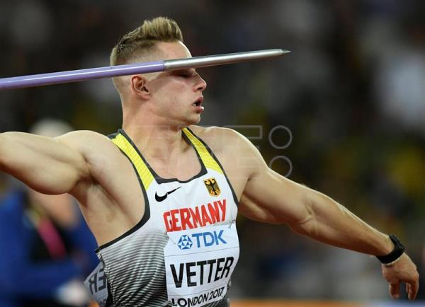 Johannes Vetter of Germany competes in the men's Javelin final at the London 2017 IAAF World Championships in London. EFE