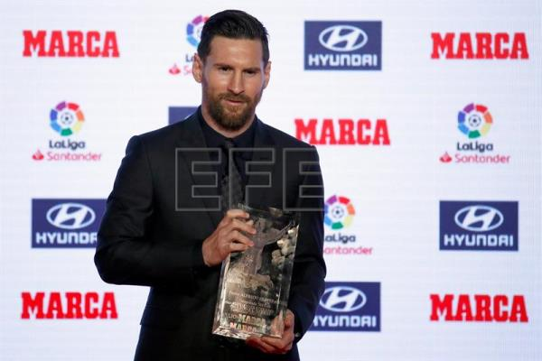 barça s messi receives la liga top scorer mvp awards outstanding