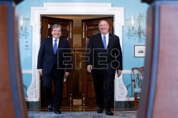 Mike Pompeo hosts Foreign Minister of Colombia Carlos Holmes Trujillo