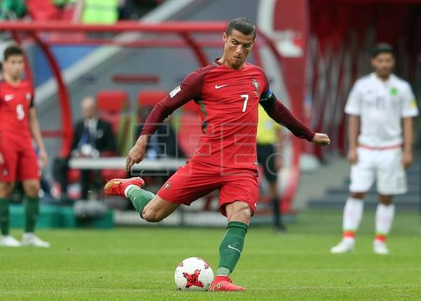 A file photo shows Portugal's Cristiano Ronaldo in action during the FIFA Confederations Cup Group A match against Mexico at Kazan Arena, in Kazan, Russia, on June 18, 2017. EPA/MARIO CRUZ