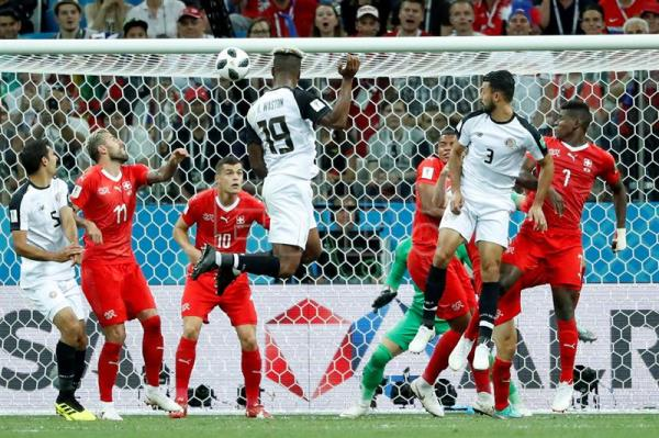 Costa Rica s Kendall Waston (No. 19) scores a goal against Switzerland in a 3ccaaffb9