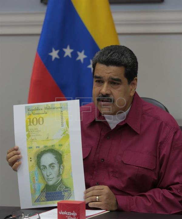 Maduro launches new 100,000-bolivar banknote