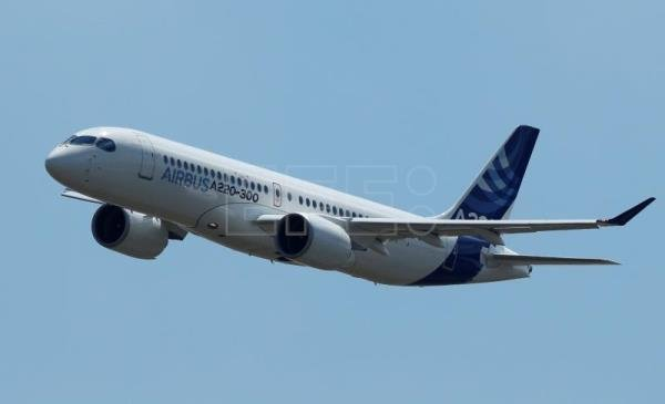 A new Airbus A220-300 airplane in flight during the presentation of the new Airbus A220-300 Single-Aisle aircraft at the Airbus's delivery center in Colomiers, near Toulouse, France, July 10, 2018. After taking the control of Bombardier aircraft manufacturer on June 2018, the CSeries program CS 100 and CS 300 becomes the new Airbus A220-300 Single-Aisle aircraft. EFE-EPA/GUILLAUME HORCAJUELO