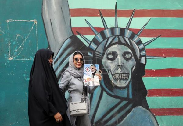 Iran rallies commemorate seizure of the US Embassy, rail against sanctions    World   English edition   Agencia EFE